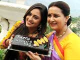 Sharda surprises Sakshi on Women's day